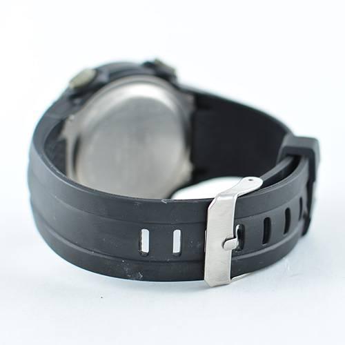 Reloj digital gris-negro W546